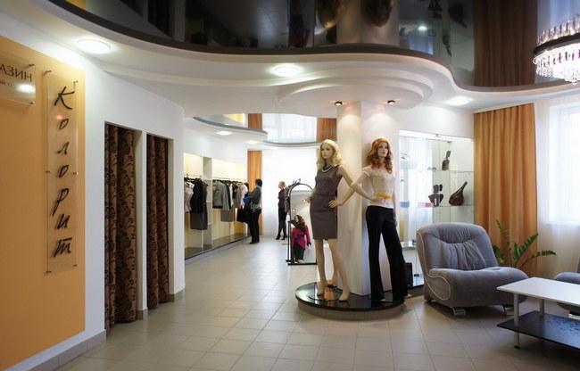 Дизайн магазины одежды