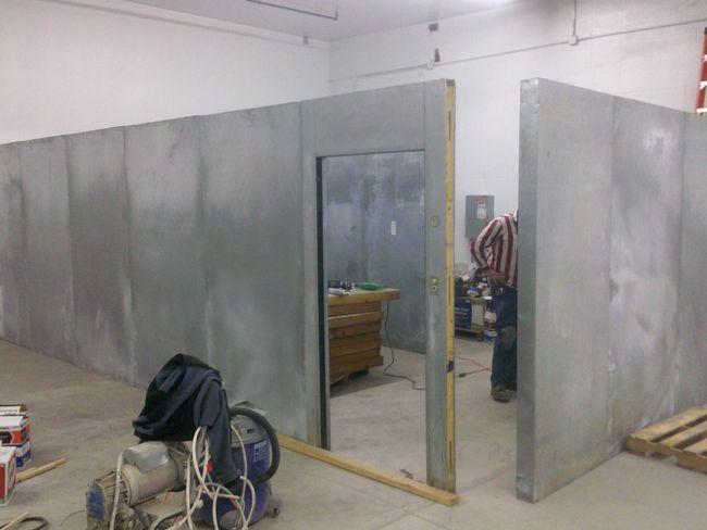 Монтаж холодильной установки в магазине