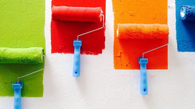Несколько валиков для покраски стен